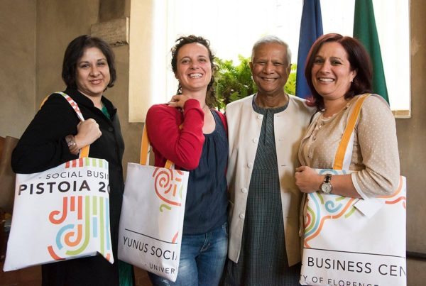 Il prof. Yunus a Pistoia Social Business City