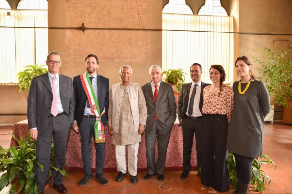 Yunus con Pistoia Social Business City